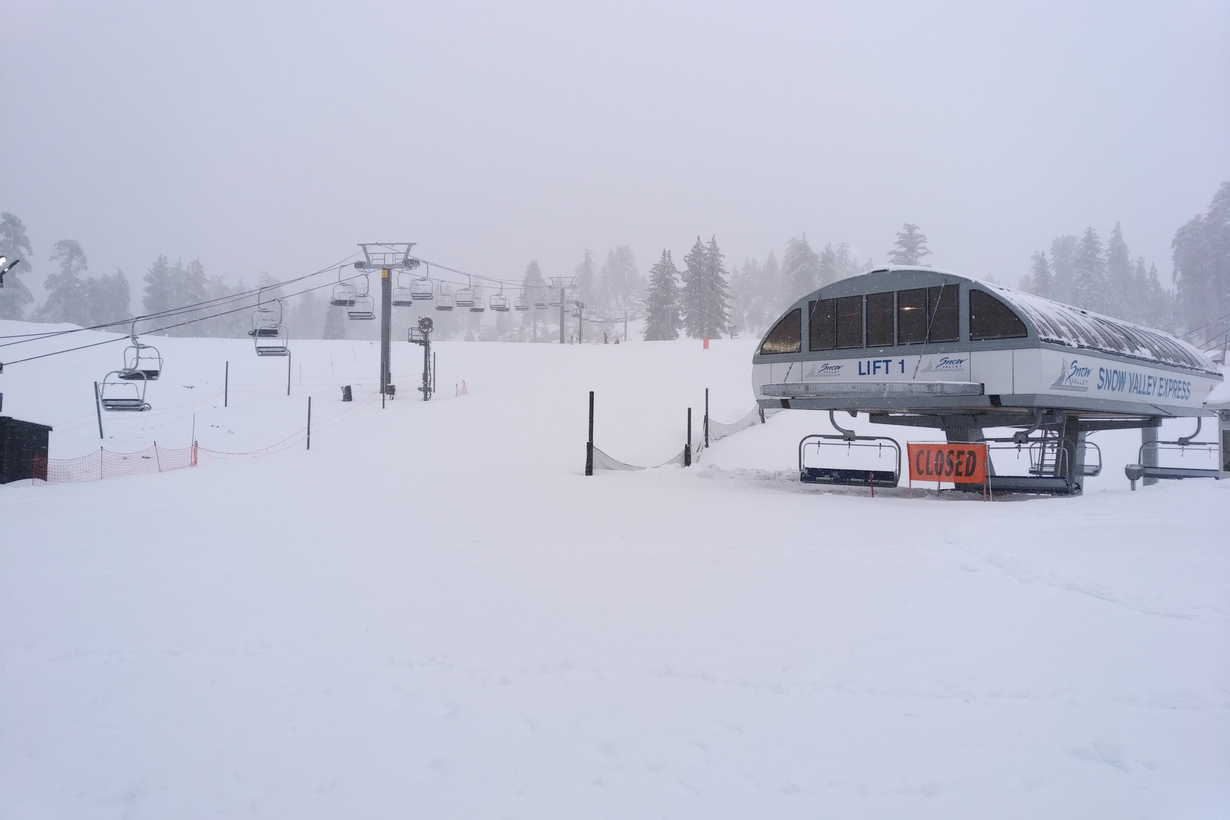 Snow Valley Lift 1 sitting in inclement weather